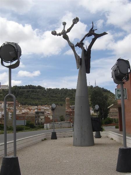 Turismo en andorra punto 9 monumento al tambor y al bombo - Oficina turismo andorra ...