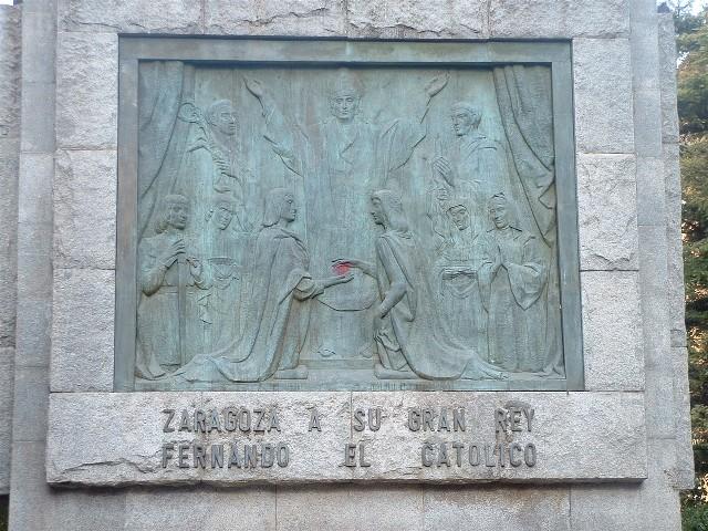 Matrimonio Catolico Zaragoza : Escultura urbana zaragoza