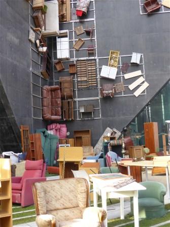 Escultura urbana zaragoza for Muebles aragon madrid